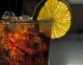 Водка с колой – убойное сочетание американского и русского напитков фото