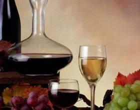 Выбираем графин для вина для праздника на природе фото