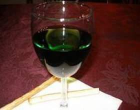 Зеленое вино португальское фото