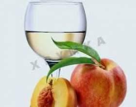 Вино из персиков фото